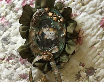 Ooak statement bib necklace Victorian kitties