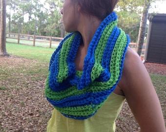 Cowl, neck warmer, infinity. Möbius scarf, Seattle