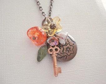 Locket and Key Necklace Round Brass Locket Flower Locket Necklace Brass Key Locket Secret Garden Key Locket Jewelry