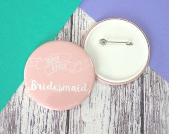 Team bride - Bridesmaid badges (25mm, 45mm or 58mm), keyrings (45mm or 58mm) and pocket mirrors (58mm)