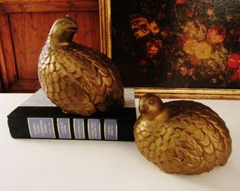 Vintage Gold Quail Figurines, Ceramic Hollywood Regency Birds, Pair of Birds, Coffee Table Decor. Chinoiserie Decor