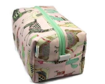 Boxy Bag Cosmetic Bag Dopp Kit Toiletry Bag Travel bag Makeup Bag in Lovely Llamas