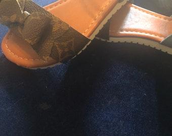 Toddler Louis Vuitton bow sandals