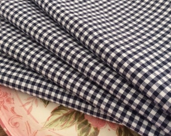 Navy Blue and White Gingham Cloth Napkins - Weddings, Parties, Everyday Meals by CHOW with ME