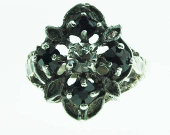 Beautiful Sterling Silver Black and Clear Glass Cluster Ring 15mm Size 7.5