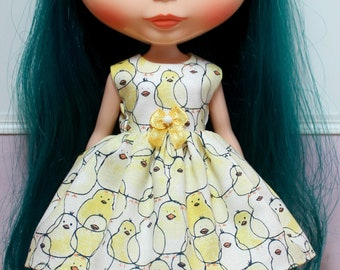 BLYTHE doll Its my party dress - yellow chicks