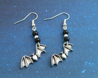 Bat Earrings, Vampire Earrings, Bat Jewellery, Bat Charm, Little Earrings, Vampire Jewelry, Vampire Costume, Halloween, Goth Earrings, Punky