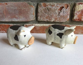 Pair of pig ornaments /  wooden farm animal decoration / home decor sign / pig art / animal gifts / handmade pigs