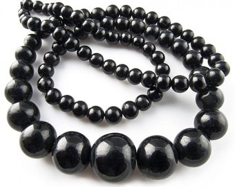 Vintage Japanese Superior Brand graduated jet glass beads 4.-12mm, 17 inch strand. b11-bw-1065(e)