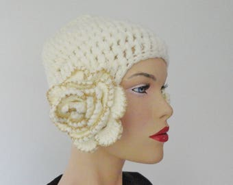 Ivory Gold Hand Made Vintage Hat With Flowers // One Size