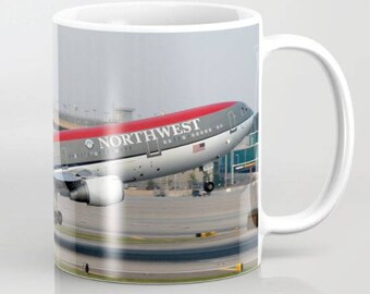Northwest Airlines DC-10 departure - Coffee Mug