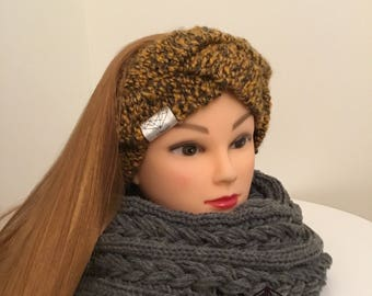 Set with scarf headband (available separately)