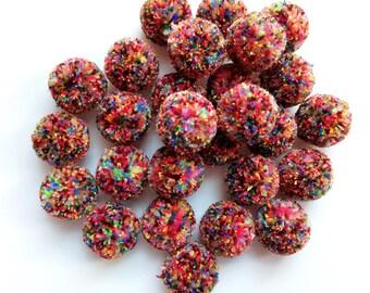 10 balls of yarn (acrylic) multicolor 25mm pretty tassels