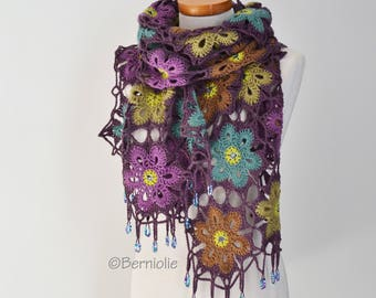 Crochet shawl with beads,  R618