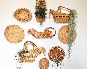 Vintage wall basket set  / wicker wall basket set / Boho wall basket set / vintage wine bottle holders