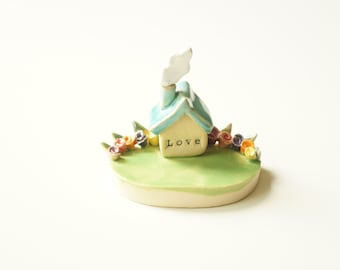 Miniature House, Little House Sculpture, Housewarming Cake Topper, Ceramic House, Ceramic Cake Topper by Her Moments