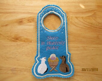 door hanger, Sleep in Heavenly Peace, baby Jesus, lamb, donkey, gift, Christmas deoration, manger,