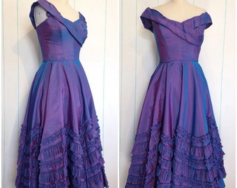 Handmade Ruffled Purple Evening Gown Size 7