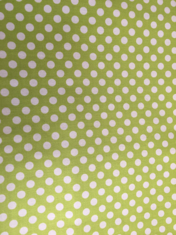 Riley Blake Basics Small Dot C350-32 Lime green 3/4 yard - 1 yard