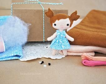 Felt Doll Sewing Kit * Make Your Own Mini Doll * DIY Craft Kit Mini Doll Sewing Pattern * Handmade Dollhouse Doll * Kawaii Doll