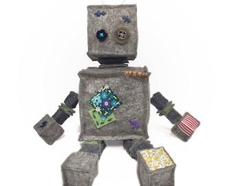 Felt Plush Robot, Felt Ornament, Robot Toy Gift, Felt Toy, Home Decor