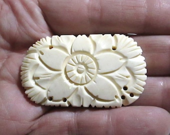 1 Large Carved Medallion Cabochon Button