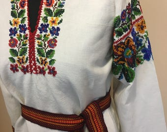 Ukrainian embroidered dress(or blouse) ,L, Ukraine