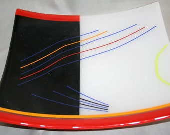 Square glass platter in an abstract pattern (PL-11)