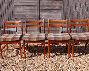 Smashing! Set Of Four Retro Danish Style Dining Chairs