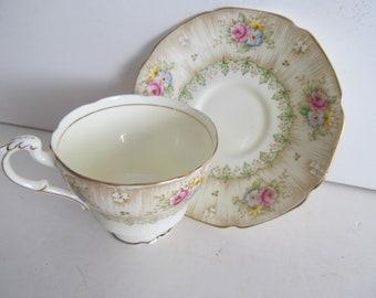 Pastel Yellow Tea Cups Paragon by appointment Virginia China Tea Cup Fruit Tea Cup Saucer Set Paragon Tea Cups
