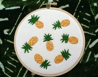 Pineapple Pattern Embroidery 5 Inch Hoop Art, Embroidery Art, Hand-Stitched Embroidery, Modern Embroidery