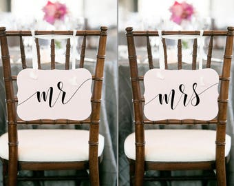 Wedding chair sign Mr Mrs chair signs wedding Mr mrs sign Mr and Mrs sign Mr Mrs Table Signs Rustic wedding signs Photo props wedding