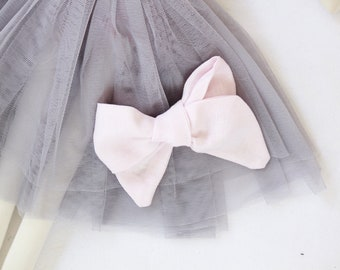 Hand Tied Hair Bow 100% Linen Large Pinwheel in Light Pink // Clip or Band