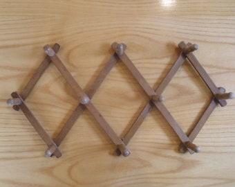 Wooden Accordion 10 Peg Hat Rack, Mug Rack, Made in Japan