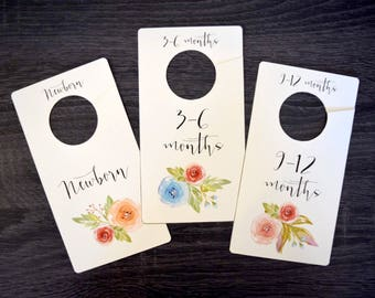 Printable Floral Baby Girl Closet Dividers for Nursery // baby shower gifts // nursery organization // baby clothes dividers // watercolor