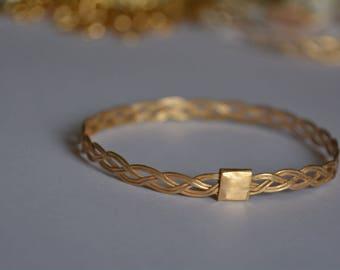 Gold braid bangle, gold bracelet bridesmaid, vintage gold bracelet, gold bangles 14k, gold bangle bracelets, bridal bracelet, braided bangle