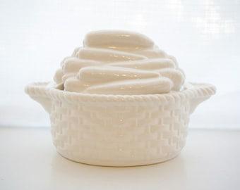 Vintage Soup Tureen - Vintage Serving Dish - Thanksgiving Decor - Vintage Farmhouse Decor - Soup Tureen - Housewarming Gift - Soup Bowl