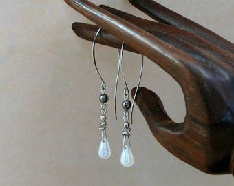 Glass and hematite bead drop earrings big (GC13) surgical steel hooks