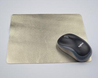 Tapis de souris en cuir doré