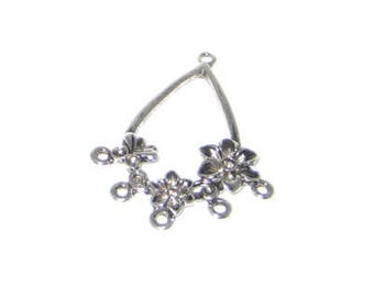 32 x 44mm Silver Chandelier, fits 2 and 3mm rhinestone