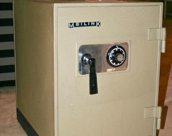 Vintage Meilink STEEL SAFE Class C Fire Insulated Safe Industrial Metal Storage Vault Antique Safe Cabinet Office Furniture Office Supplies