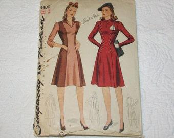 Vintage 1940s Simplicity 4400 DRESS Sewing Pattern Size 16 Princess Seam V Keyhole Neck