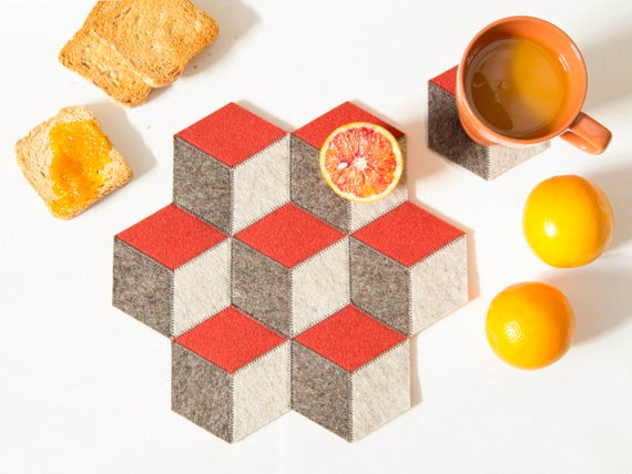 Small table mat / wool felt / grey and orange / wool felt mat / stylish table mat / handmade / made in Italy