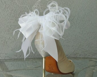 Bridal Party Wedding White  Satin Ribbon Bow And Feather Shoe Clips Set Of Two