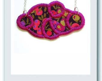 Necklace cloud in liberty Wiltshire plum