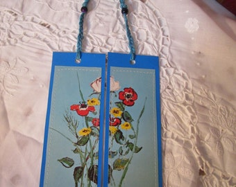 Set of two bookmarks in cardboard-postcards-recycled-craft recycling-hand-made bookmarks-recycled paper
