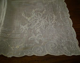 hand done lace antique lace wedding hanky ornate pattern