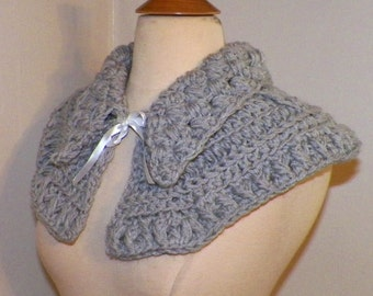 Outlander Inspired Claire Capelet  Gray Scarf Collar Highland Clothing Cowl Crochet  Mini Cape