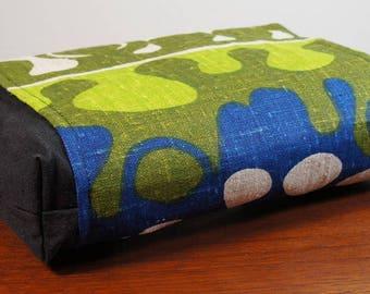 Organic Buckwheat Neck & Back Pillow with Vintage Linen Mod Print