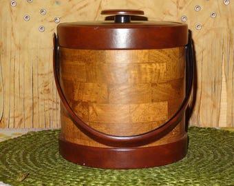 Vintage Ice Bucket / Men's Ice Bucket / Bar Accessories / Man Cave Ice Bucket / Faux Wood Ice Bucket